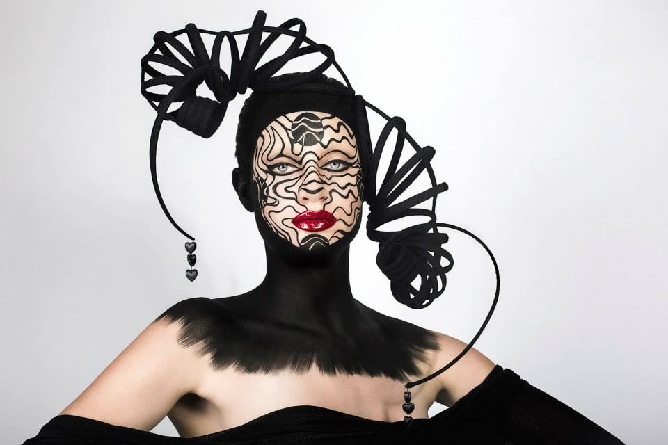 photography DONATELLA PARISINI / mua ELVIS SCHMOULIANOFF / head piece LOUISE LASSAY / model BELLA GARDNER