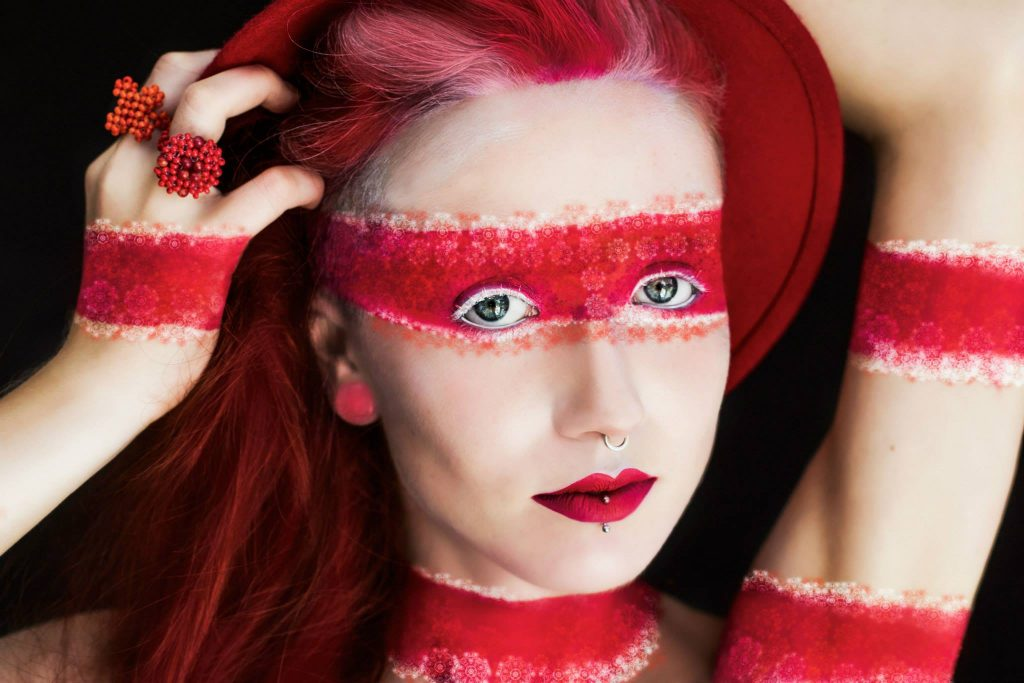 DONATELLA PARISINI/photography MOLLY HALLIGAN/model LOUISE LASSAY/jewellery